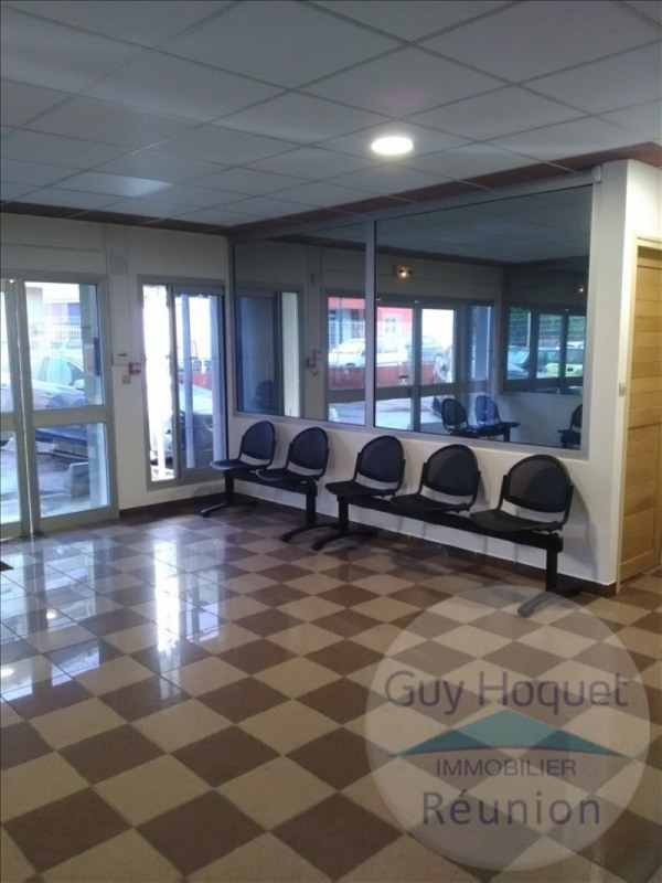 Location local commercial St denis 560€ HT/HC - Photo 2