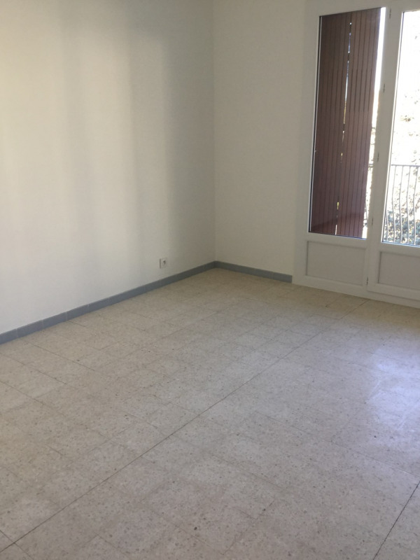 Location appartement Aix-en-provence 735€ CC - Photo 7
