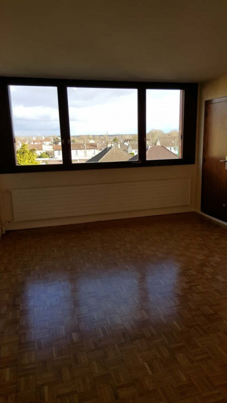 Rental apartment Andresy 937€ CC - Picture 3