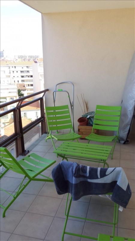 Location appartement Marseille 5ème 750€ CC - Photo 2
