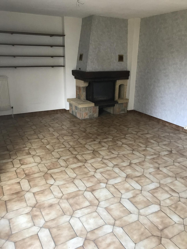 Vente maison / villa Châlons-en-champagne 189000€ - Photo 2