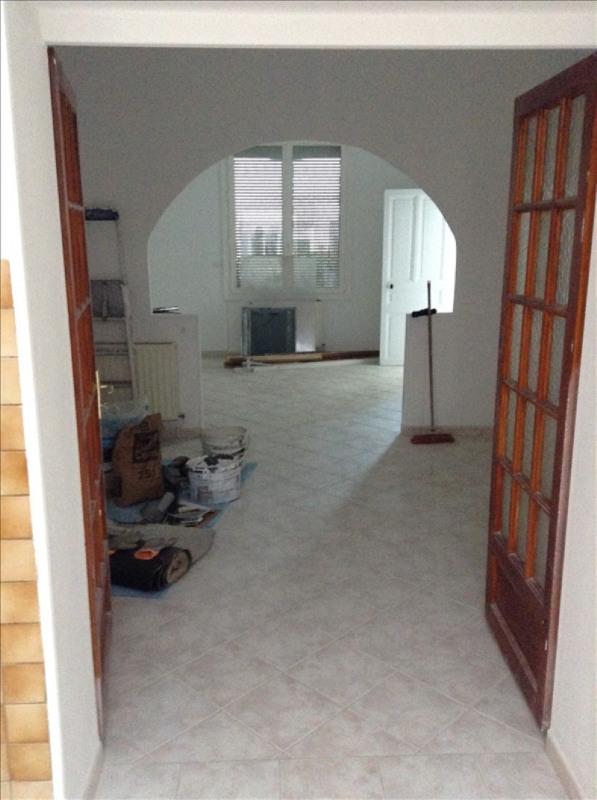 Rental house / villa St quentin 730€ CC - Picture 2