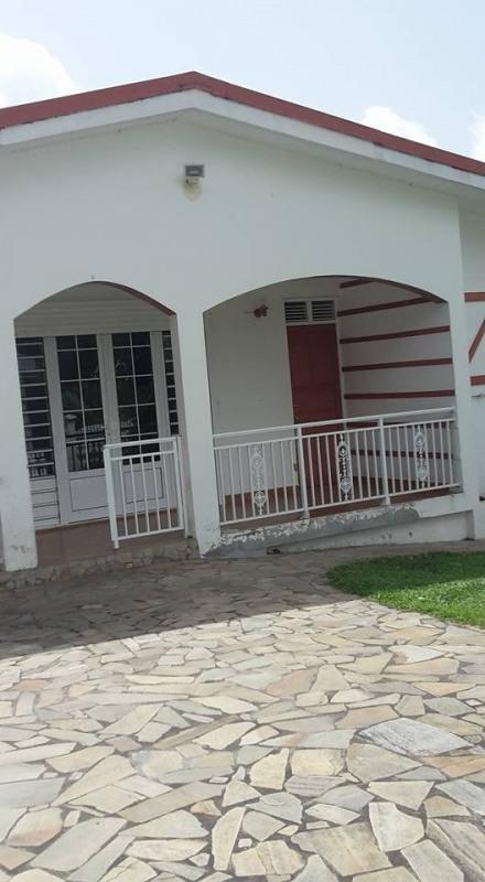 Sale house / villa St claude 336500€ - Picture 5