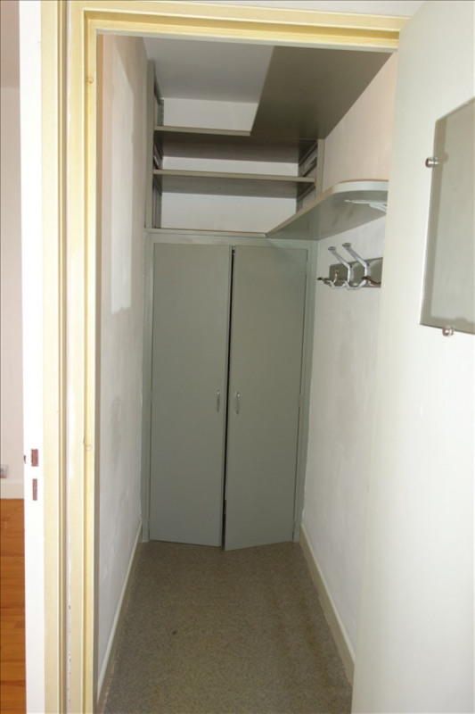 Location appartement Le coteau 460€ CC - Photo 5