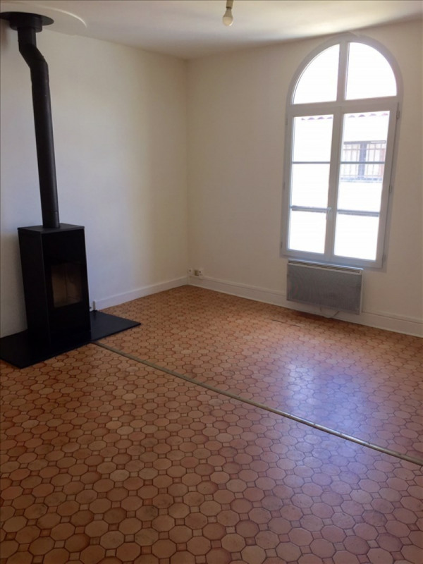 Location appartement Niort 394€ CC - Photo 1