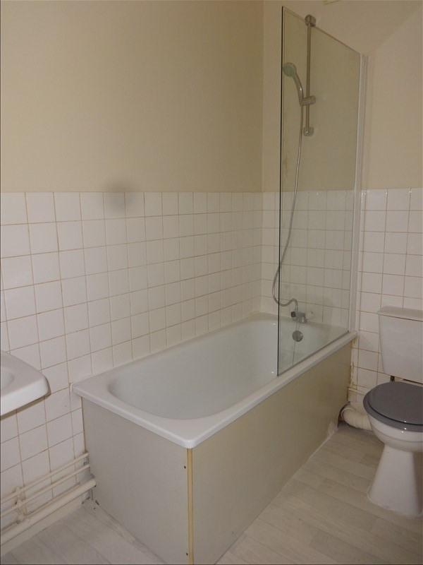 Rental apartment La roche guyon 450€ CC - Picture 4