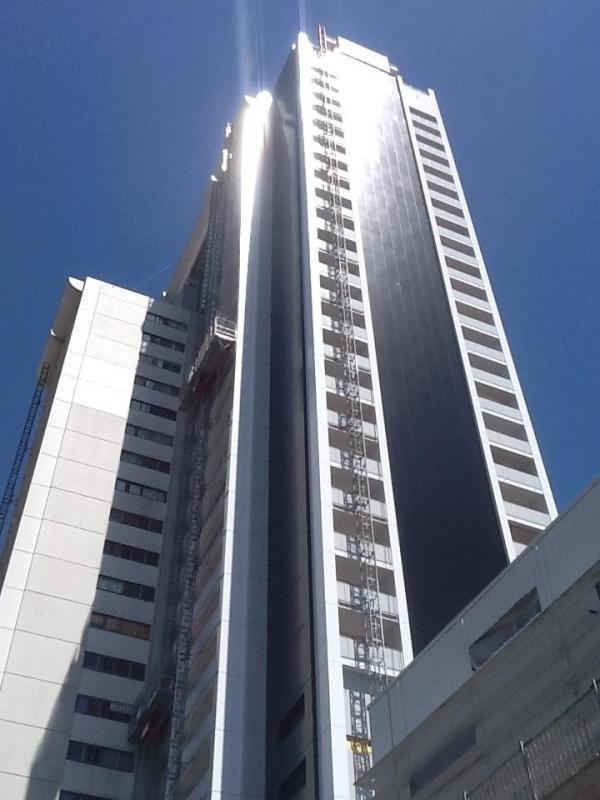 Sale apartment Paris 15ème 272000€ - Picture 1