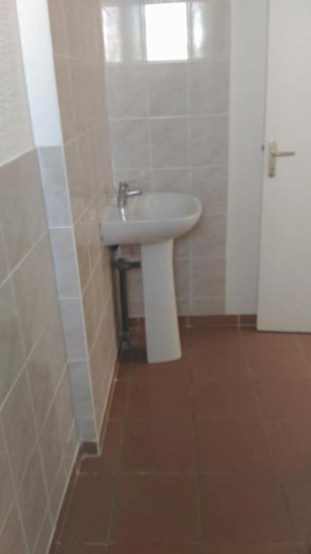Rental apartment Vieux habitants 650€ CC - Picture 10