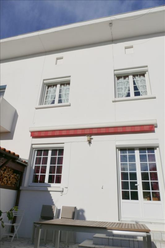 Sale house / villa Royan 347000€ - Picture 1