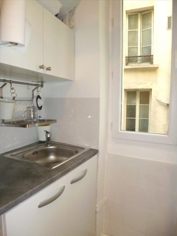 Affitto appartamento Paris 18ème 640€ CC - Fotografia 3