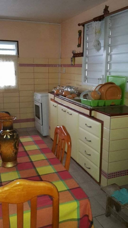 Rental apartment Baillif 600€ CC - Picture 2