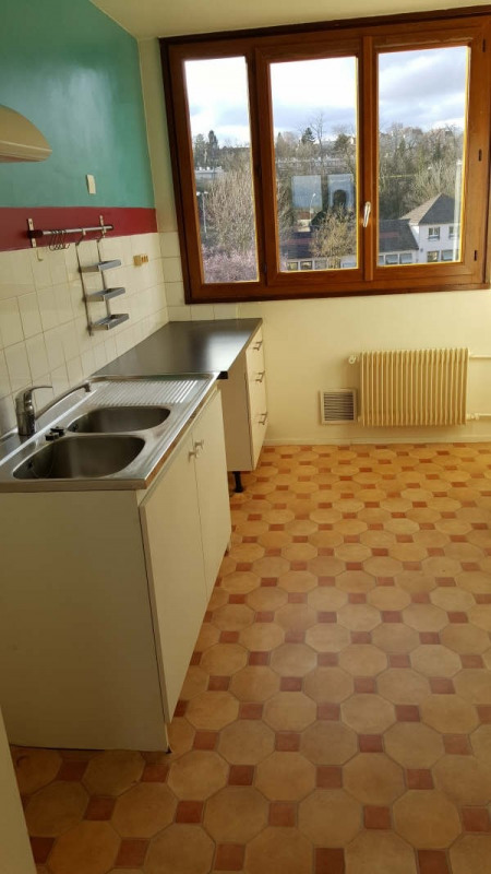 Rental apartment Andresy 937€ CC - Picture 2