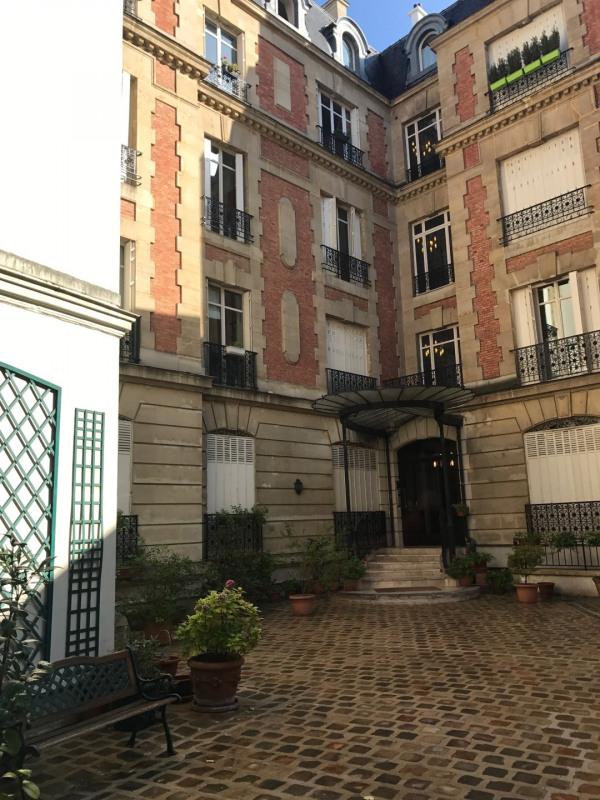 Location appartement Paris 8ème 4270€ CC - Photo 3
