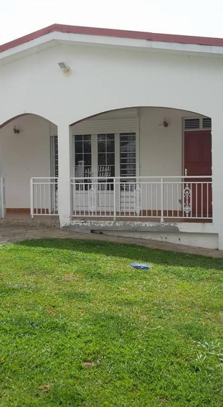 Sale house / villa St claude 336500€ - Picture 4