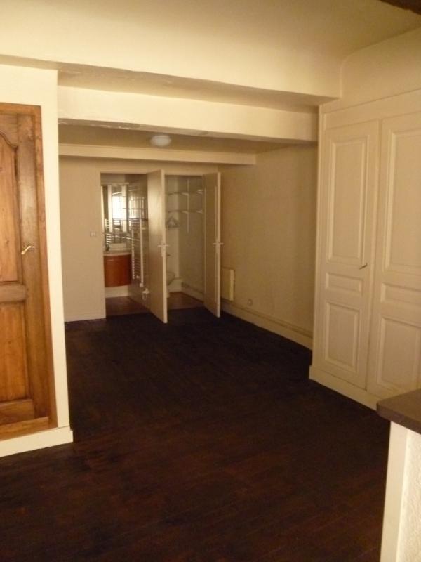 Location appartement Lyon 2ème 680€ CC - Photo 3