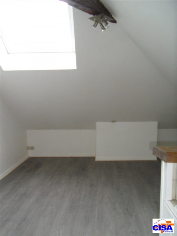 Rental apartment Pont ste maxence 365€ CC - Picture 1