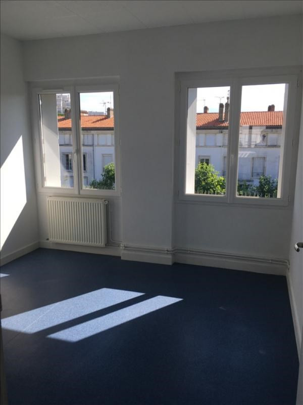 Location appartement Royan 660€ CC - Photo 3