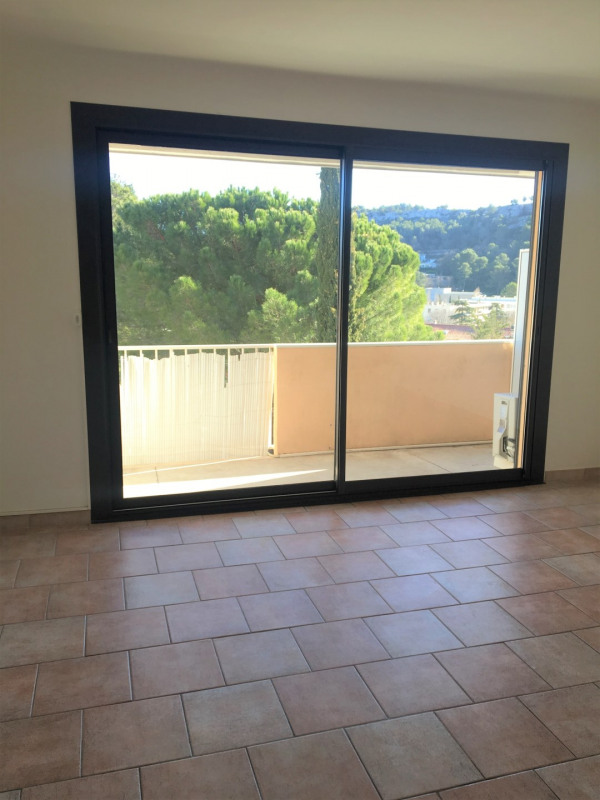 Location appartement Carnoux 550€cc - Photo 2