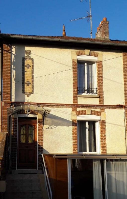 Vente maison / villa Gisors 144000€ - Photo 1