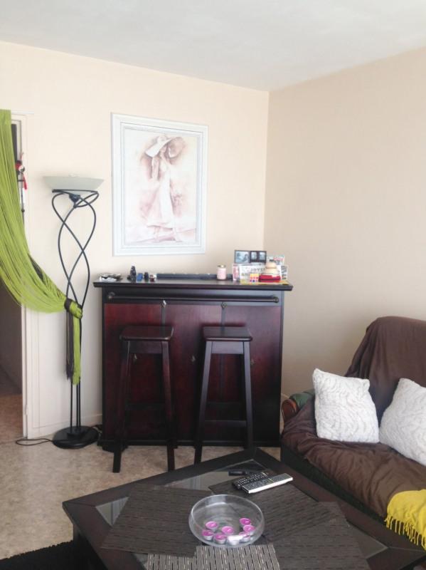 Sale apartment Livry gargan 183750€ - Picture 2