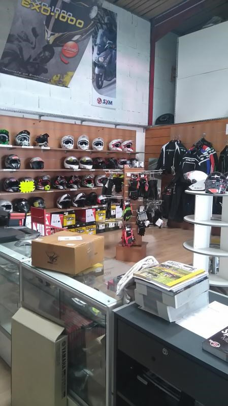 Vente fonds de commerce boutique Civrieux-d'azergues 75000€ - Photo 2