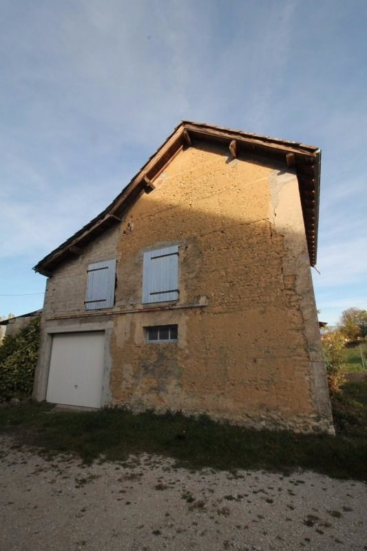 Vente maison / villa Les abrets 59 000€ - Photo 2