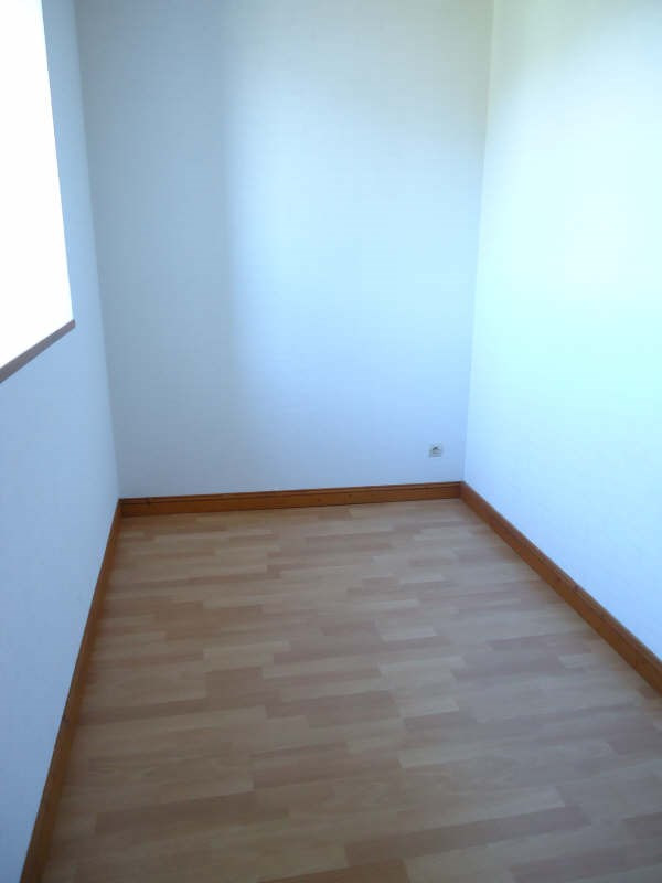 Location appartement Lannilis 380€ CC - Photo 4