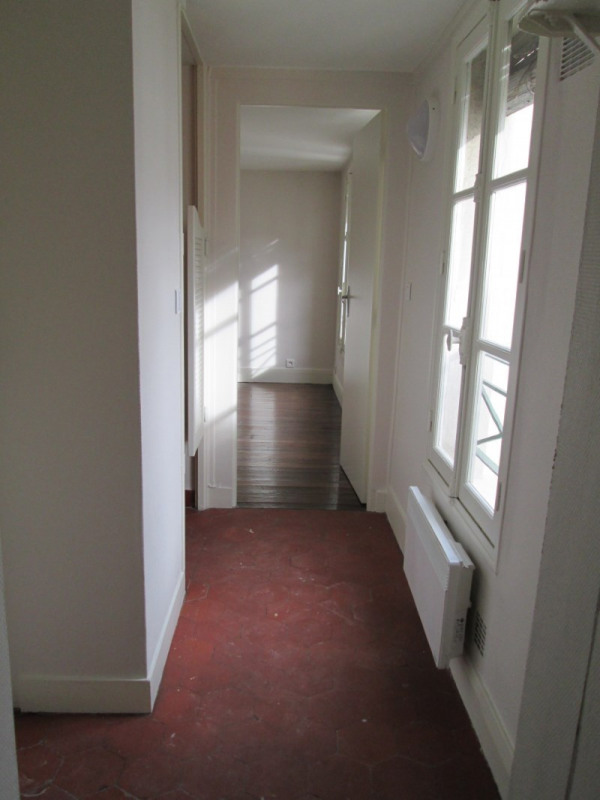 Rental apartment Versailles 654€ CC - Picture 2