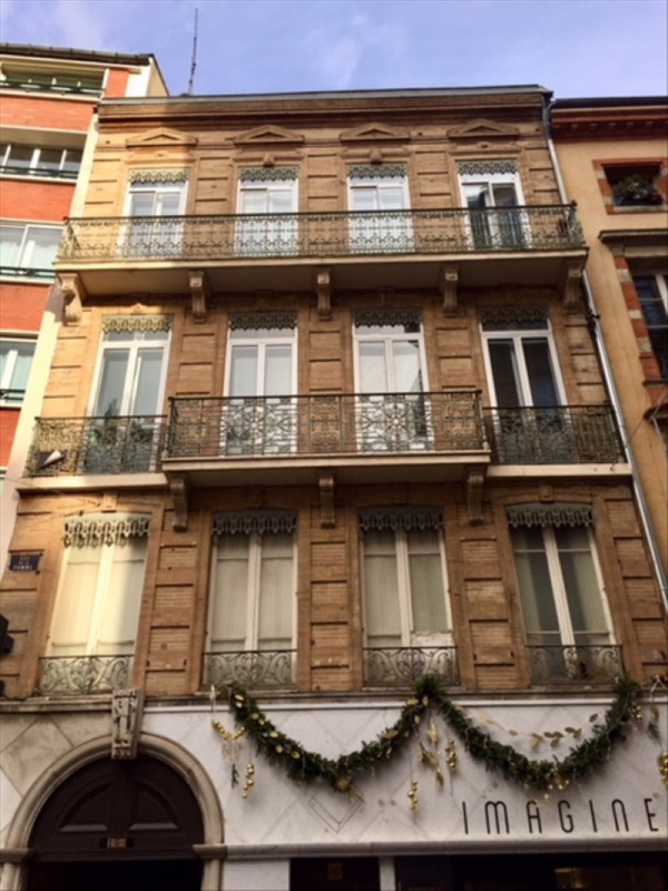 Location appartement Toulouse 1 070€ CC - Photo 1