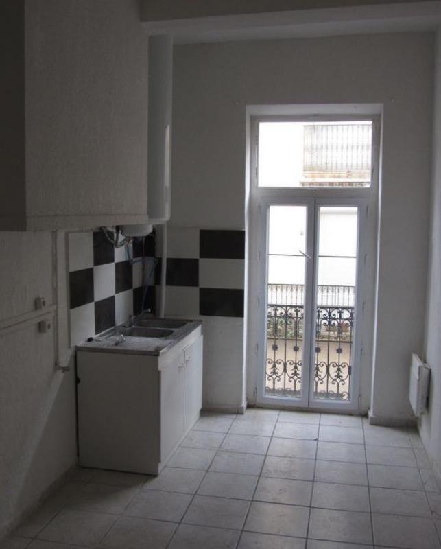 Sale building Beziers 340000€ - Picture 3