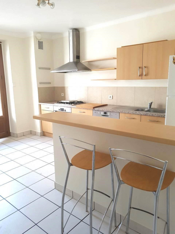 Location appartement Annemasse 1190€ CC - Photo 2