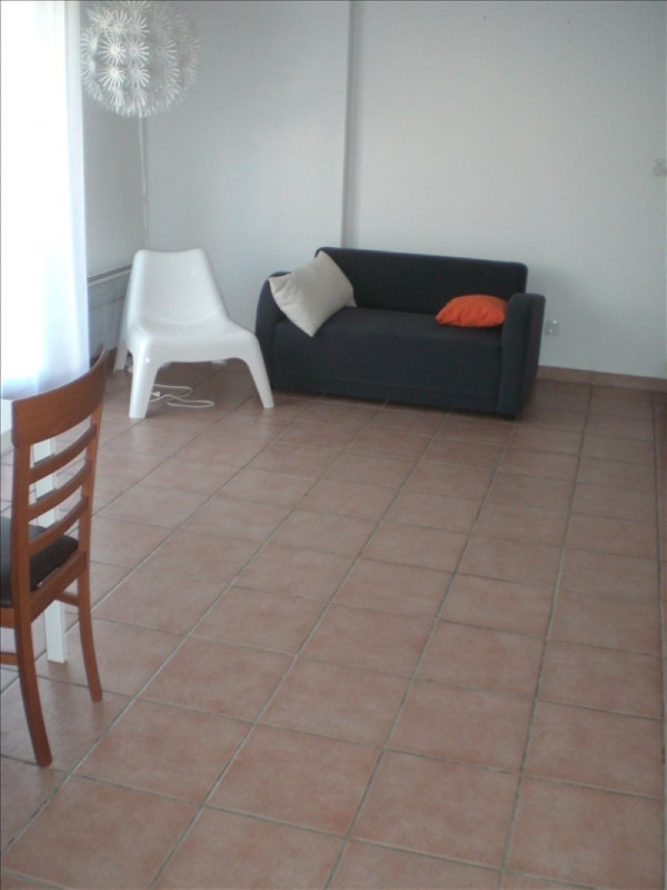 Location appartement Prevessin-moens 775€ CC - Photo 2