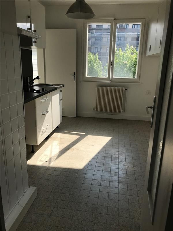 Location appartement Annecy 970€ CC - Photo 2