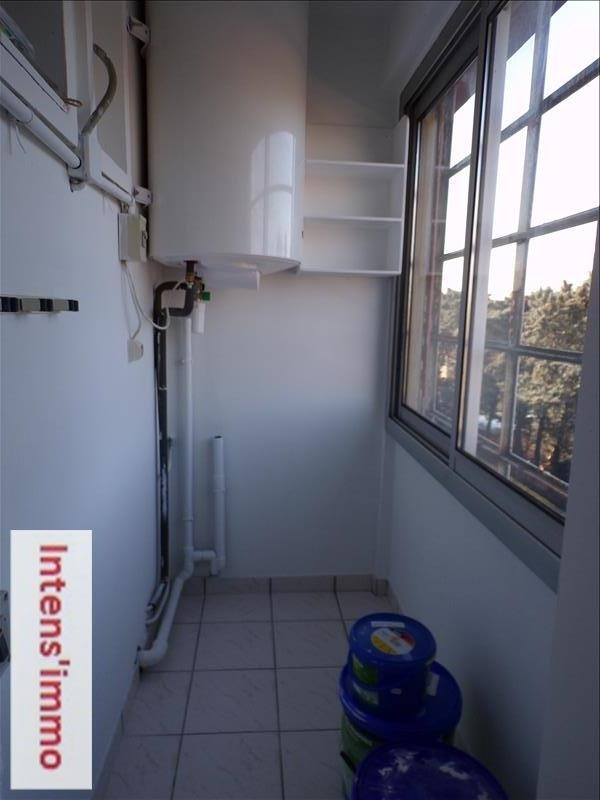 Rental apartment Romans sur isere 450€ CC - Picture 2