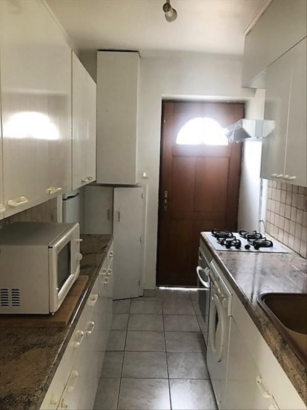 Rental apartment Nanterre 1100€ CC - Picture 1
