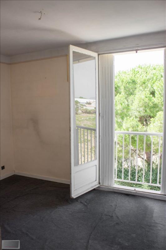 Sale apartment Hyeres 150000€ - Picture 8