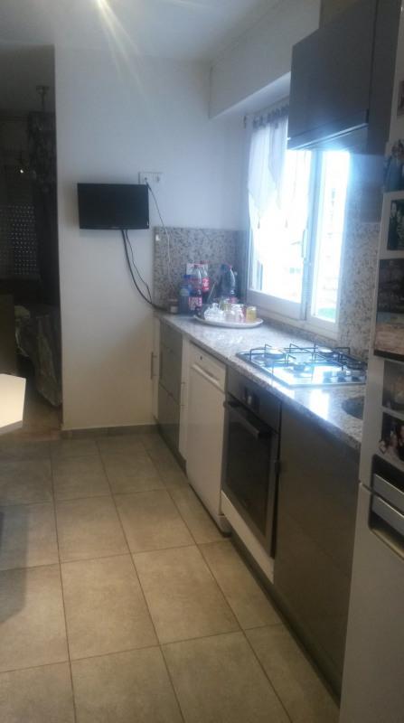 Sale apartment Créteil 320000€ - Picture 2