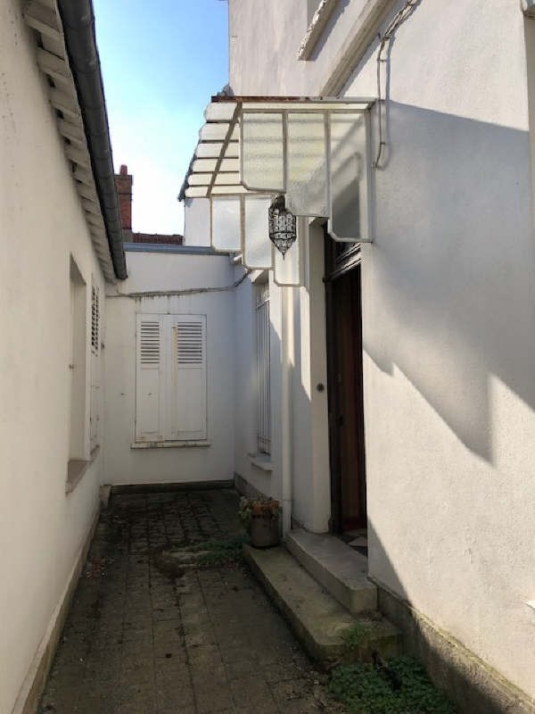 Investment property house / villa Melun 384000€ - Picture 3