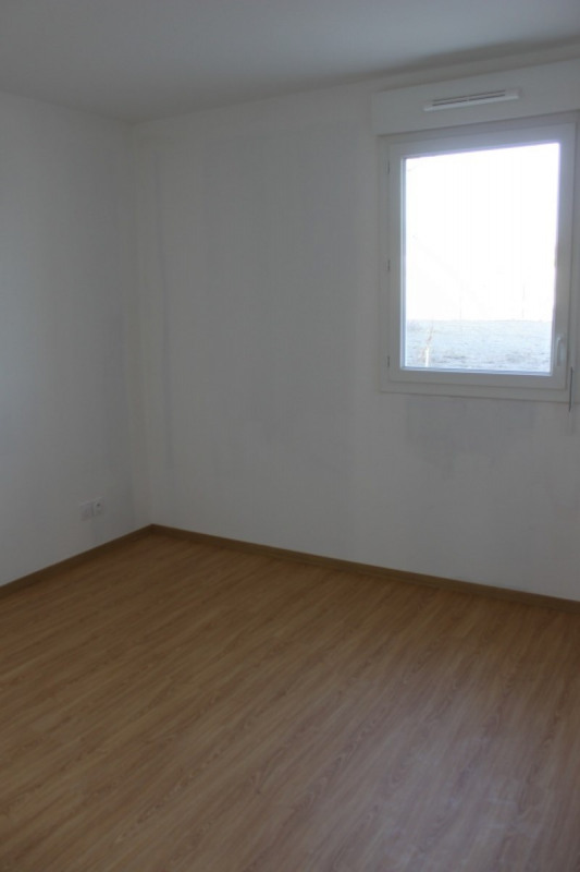 Sale apartment Chuzelles 220000€ - Picture 3