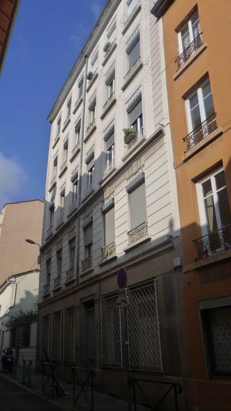 Verhuren  appartement Lyon 4ème 950€ CC - Foto 2