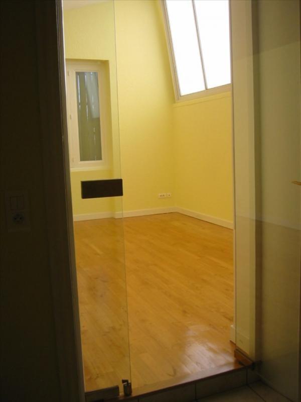 Location appartement Roanne 391€ CC - Photo 3