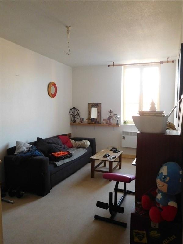 Location maison / villa St andre de cubzac 640€ CC - Photo 4