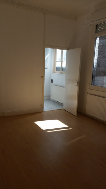 Rental apartment St quentin 425€ CC - Picture 2