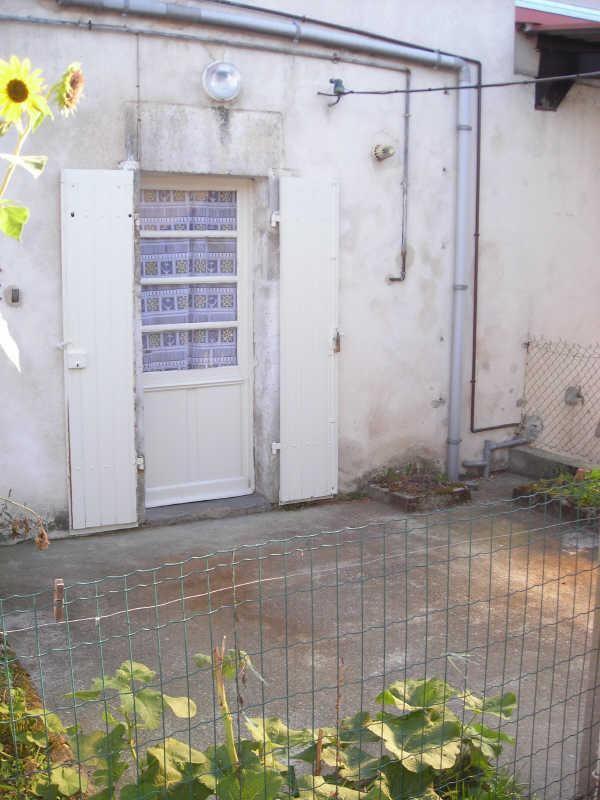 Rental apartment Gond pontouvre 400€ CC - Picture 1
