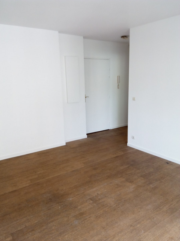 Location appartement Chessy 1 190€ CC - Photo 3