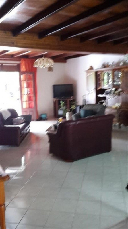 Sale house / villa St claude 337 600€ - Picture 3