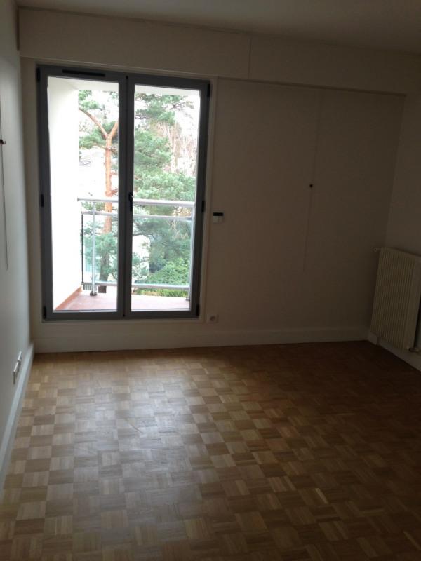 Location appartement La celle-saint-cloud 2940€ CC - Photo 3