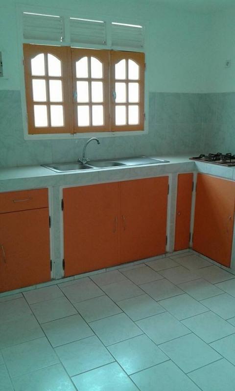 Rental apartment Baillif 800€ CC - Picture 4