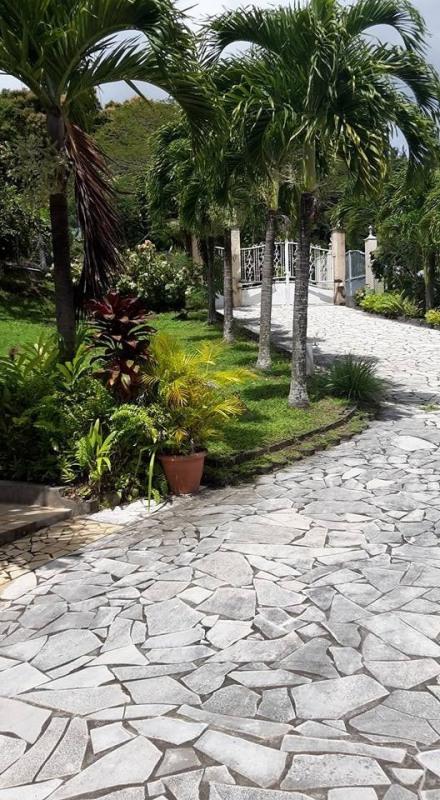Vente de prestige maison / villa Gourbeyre 553850€ - Photo 4
