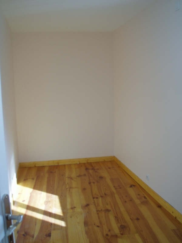 Rental apartment Voiron 535€ CC - Picture 4